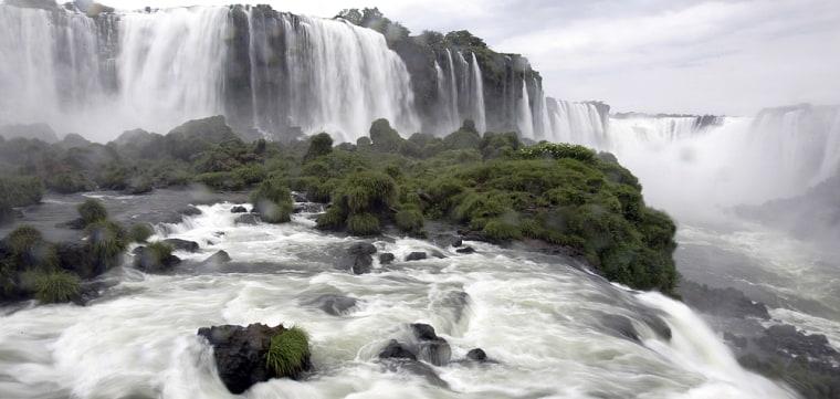 Image: Iguazu Falls