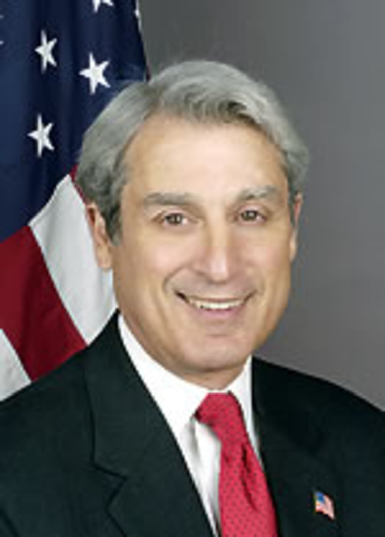 Unitl now State Department Inspector General Howard Krongard had resisted heavy pressure to resign his postion.