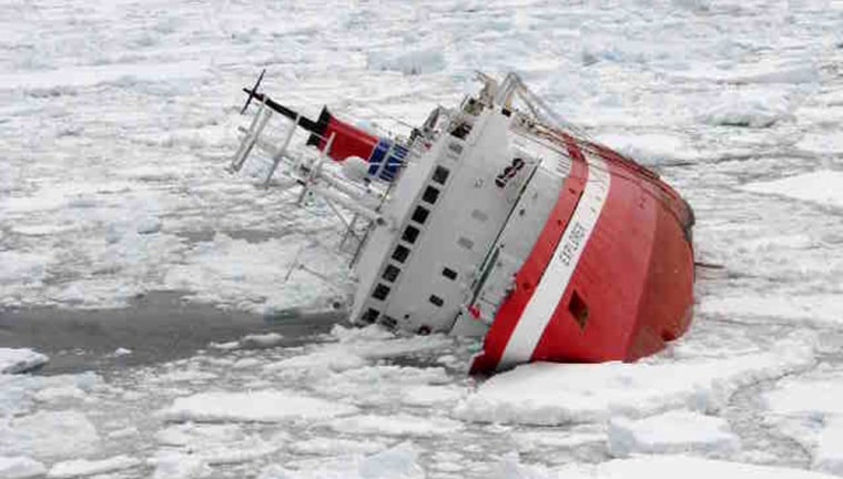 Image: MS Explorer beginning to heel starboard after hitting an iceberg