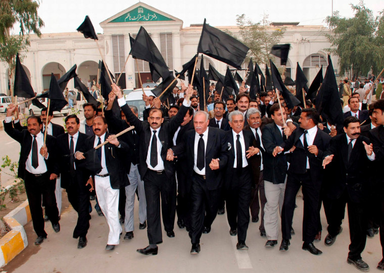 Image: Pakistani lawyers shout slogans during a protest against the Emergency rule and sacking of high courts and supreme court judges