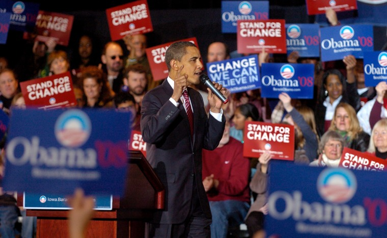 Image: Senator Barack Obama campaigns for Democratic vote in Iowa