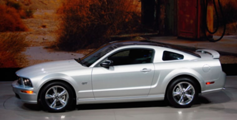 Image: Ford Mustang with glass roof