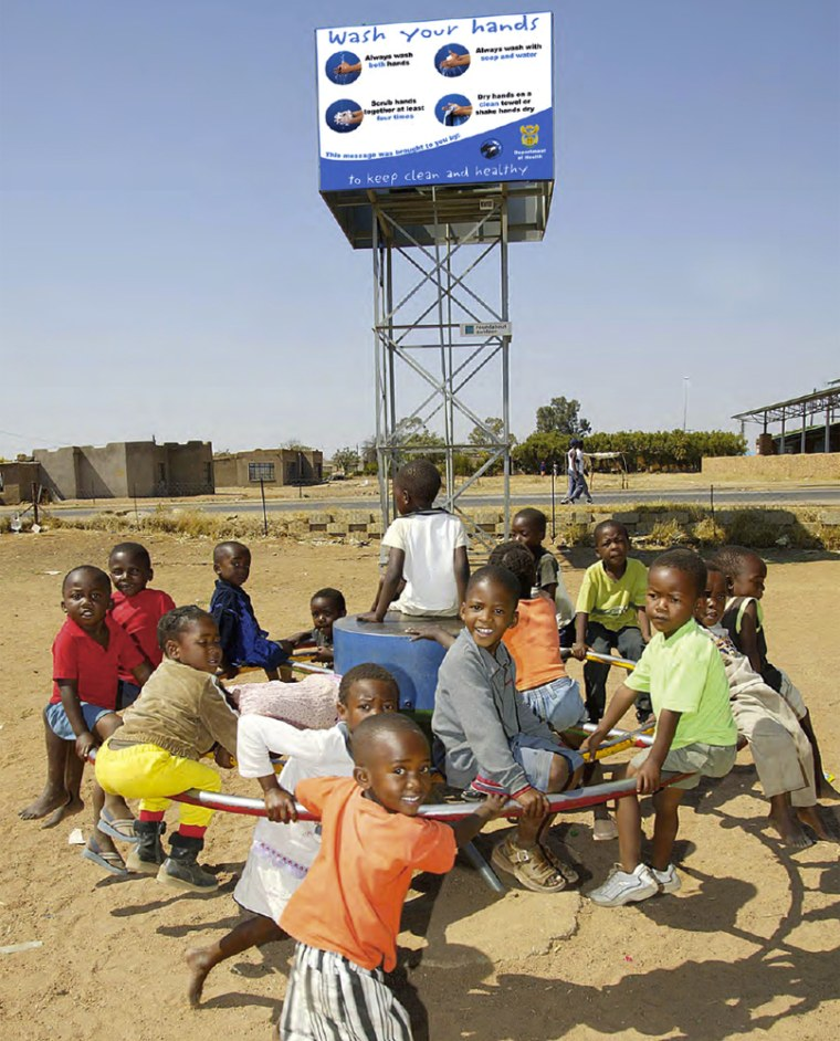 Image: Playground equipment pumps water in Africa