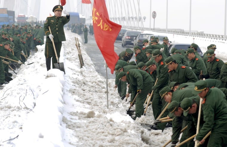 Image: China weather, mobilization