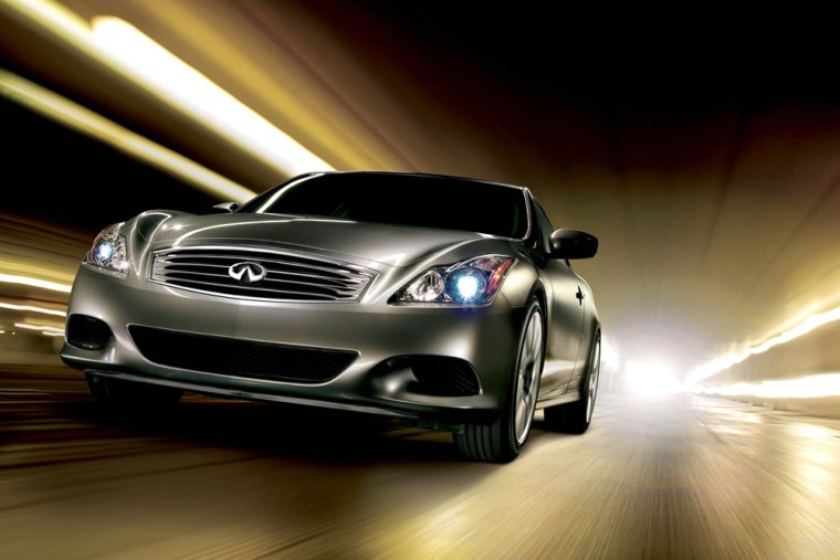 The redesigned and renamed Infiniti G37 coupe doesn't sacrifice much performance