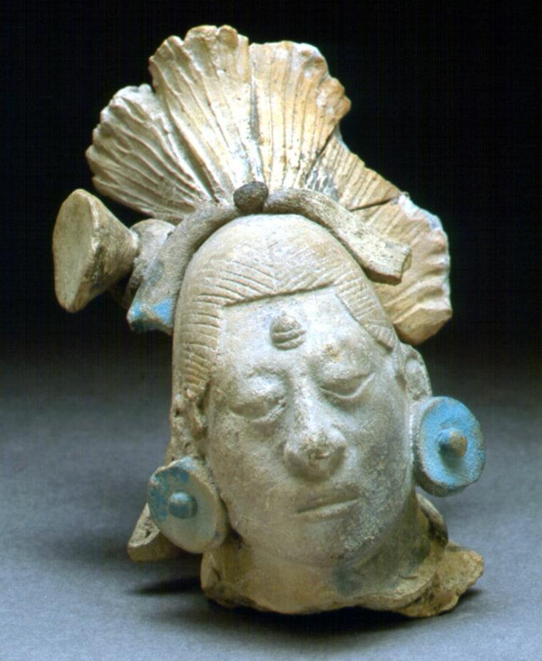Image: Maya figurine