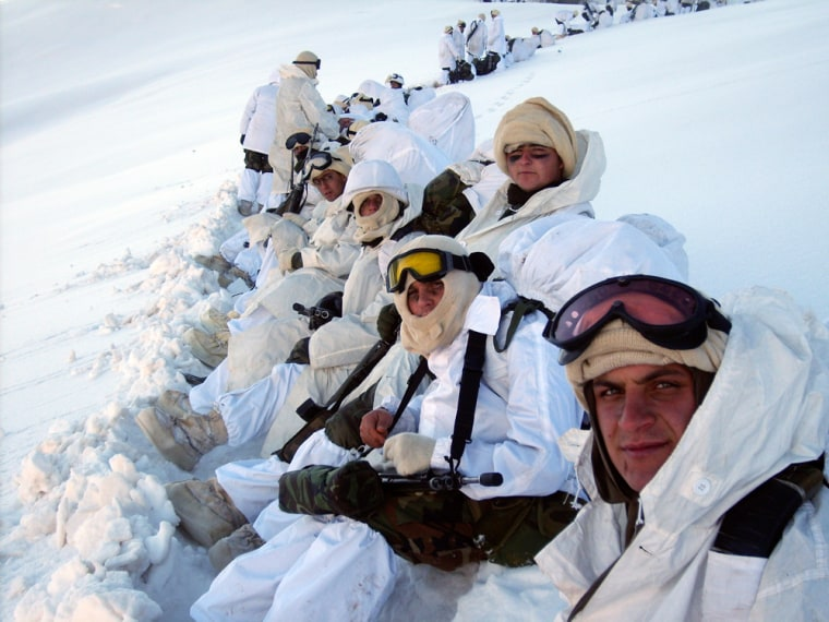 Image: Tukish soldiers in the snow during the operation