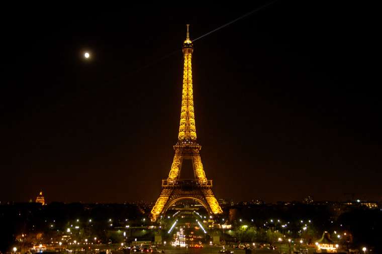 Image: Eiffel Tower in Paris, France