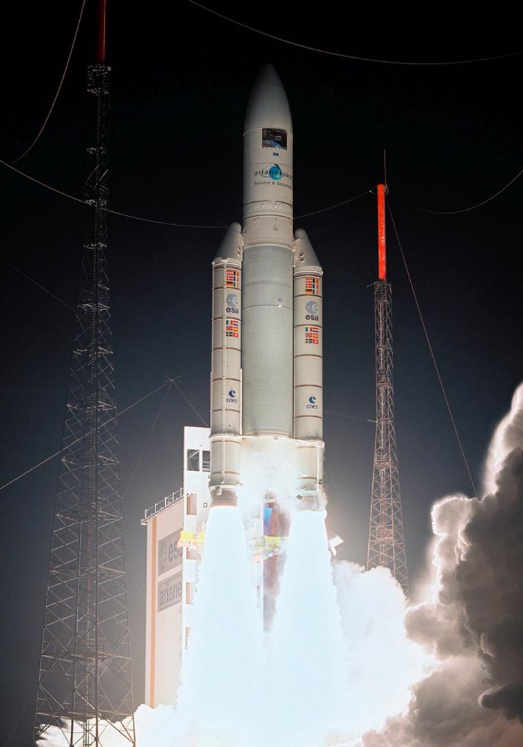 Image: Ariane 5 ES-ATV rocket blasted-off from French Guiana