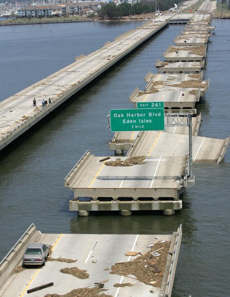 Image: I-10 bridge damaged in Hurricane Katrina