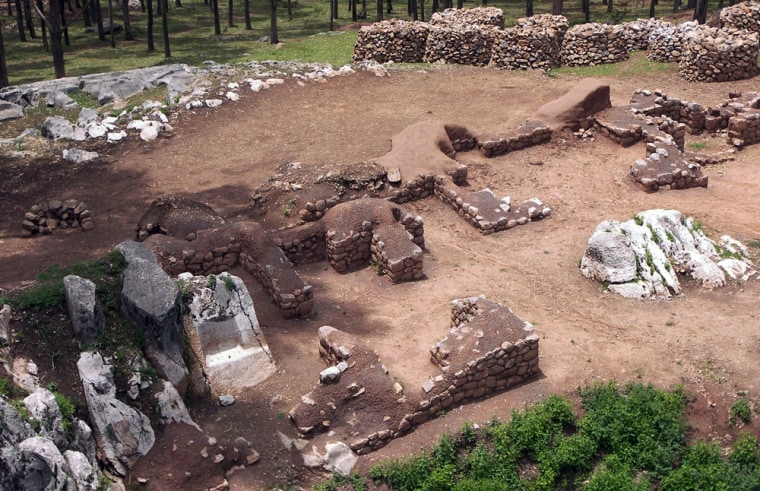 Image: Ruins of an Inca temple at the Sacsayhuaman archeological park in Cuzco, Peru