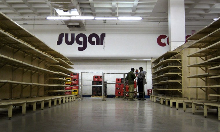 Image: Supermarkets Stand Near Empty As Economy In Tailspin