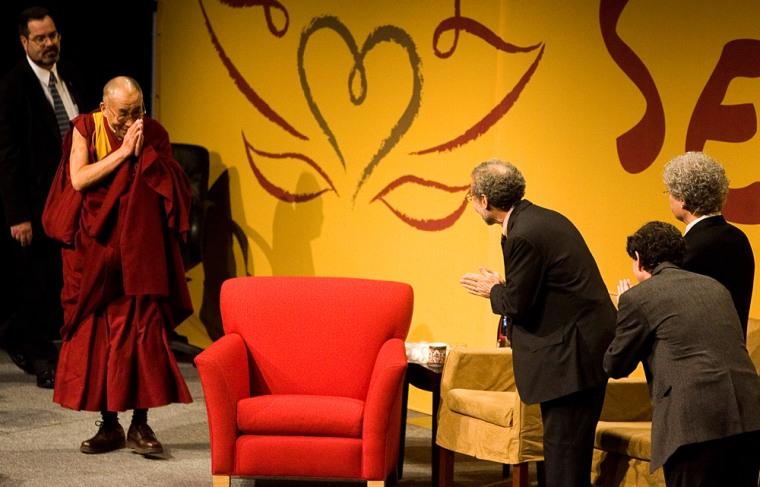 Image: Dalai Lama visits Seattle