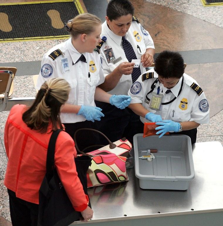 Image: airport screeners