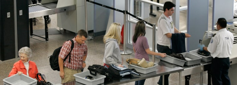 Image: Passengers in line to be screened by TSA