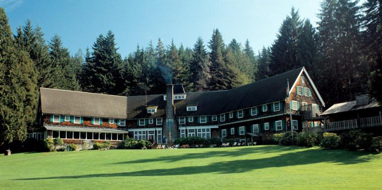 Image: Lake Quinault Lodge