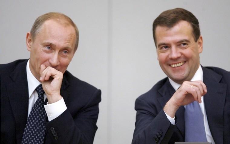 Image: Russian Prime Minister Vladmir Putin and President Dmitry Medvedev