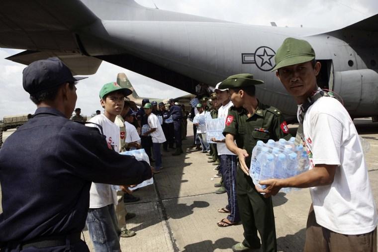 Image: U.S. aid arrives in Yangon, Myanmar