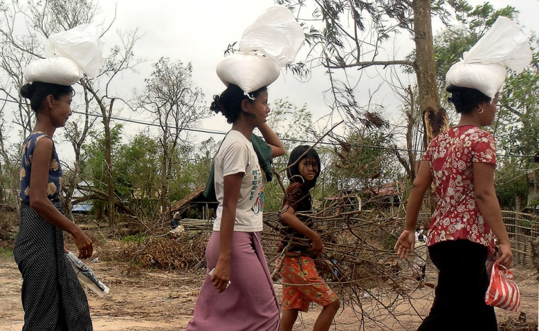 Image: A woman affected by cyclone Nargis