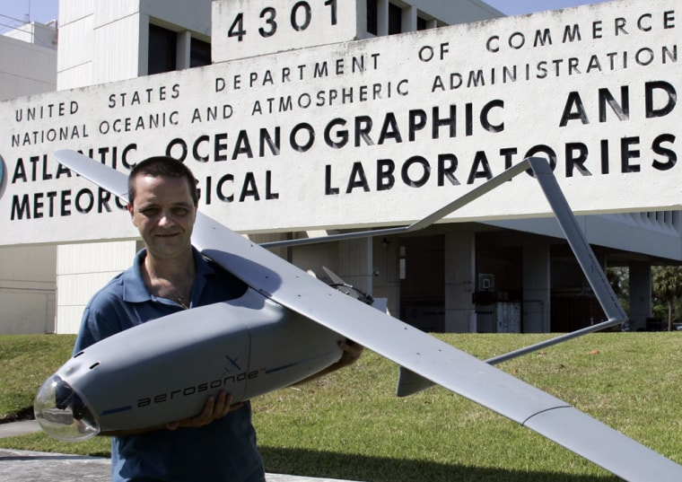 Image: Remote-controlled airplane
