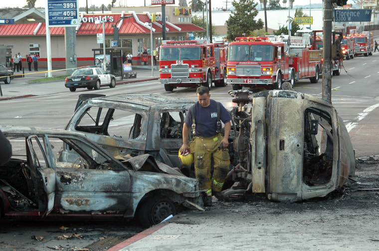 Image: Six-vehicle collision in South Los Angeles