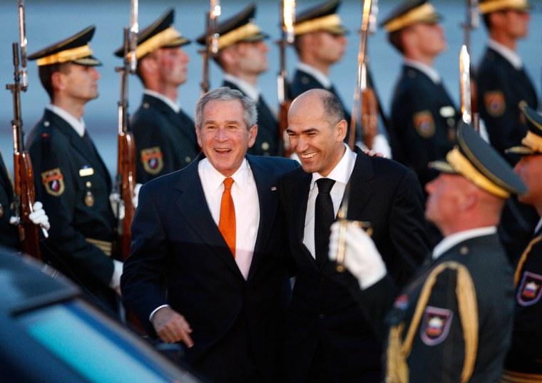 Image: U.S. President George W. Bush with Slovenian Prime Minister Janez Jansa