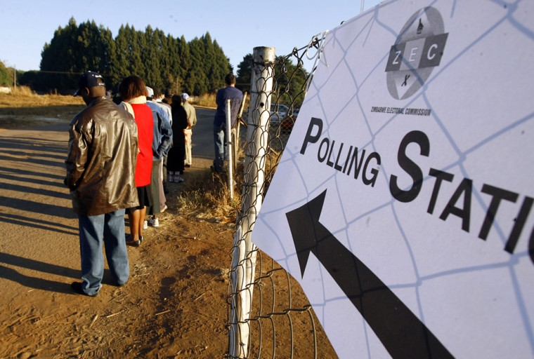 Image: Zimbabweans wait to vote in the presidential election run-off