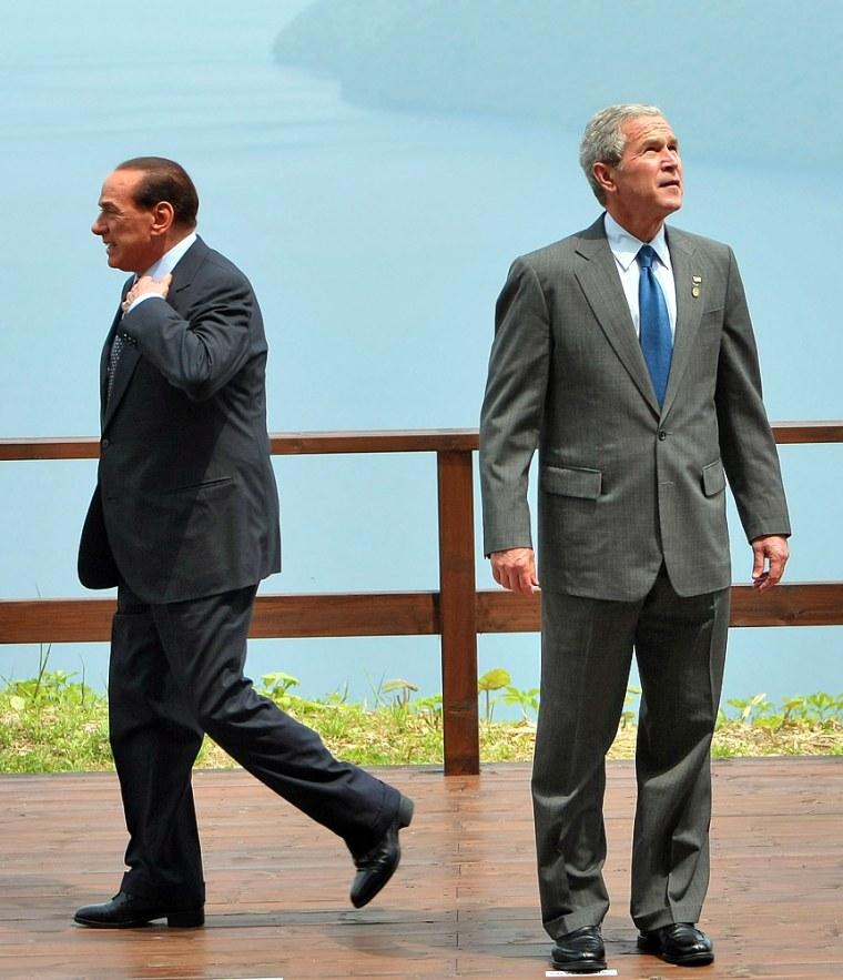 Image: Italian Prime Minister Silvio Berlusconi, U.S. President George W. Bush