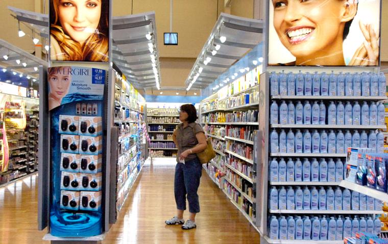 Image: Wal-Mart shopper