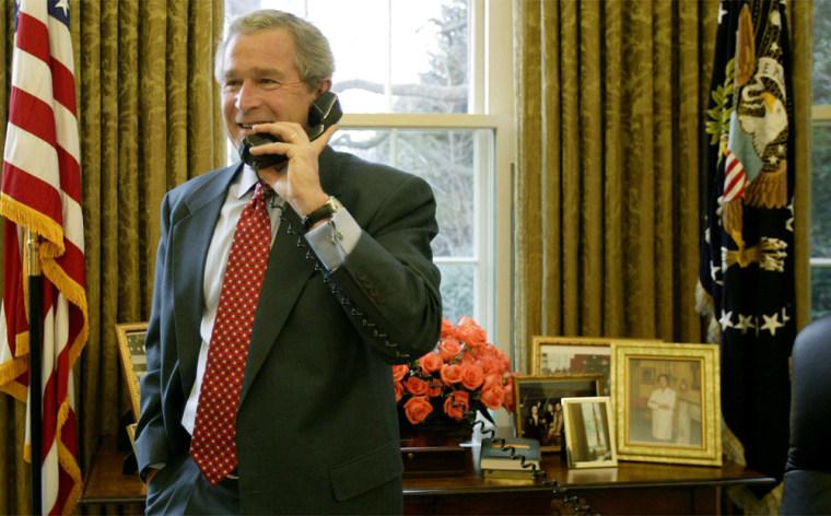 President Bush Congratulates Mars Rover Team