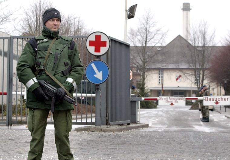 BUNDESWEHRKRANKENHAUS POLIZIST