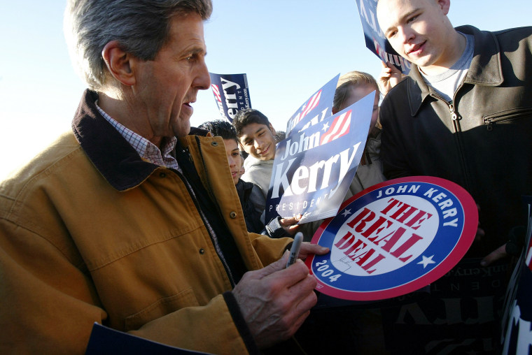 Kerry Trying To Gain Last Minute Votes In Iowa