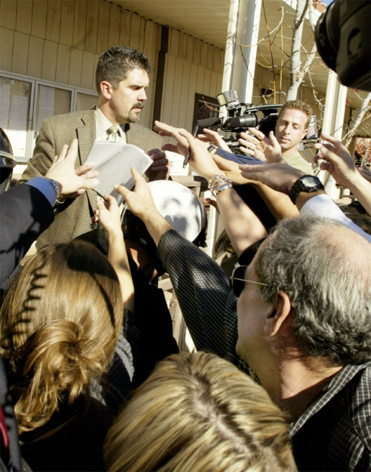 MEDIA GATHER TO VIEW FELONY CHARGES AGAINST MICHAEL JACKSON