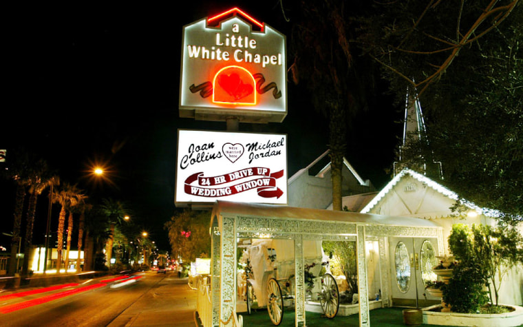 Image: Little White Wedding Chapel