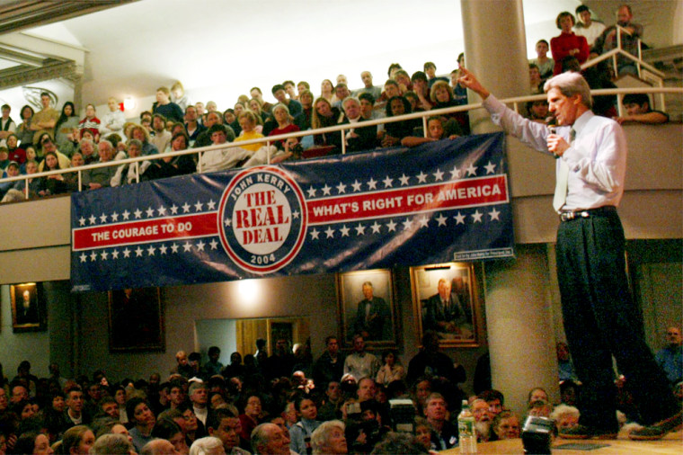JOHN KERRY SPEAKS AT CAMPAIGN EVENT AT EXETER ACADEMY IN EXETER NEW HAMPSHIRE