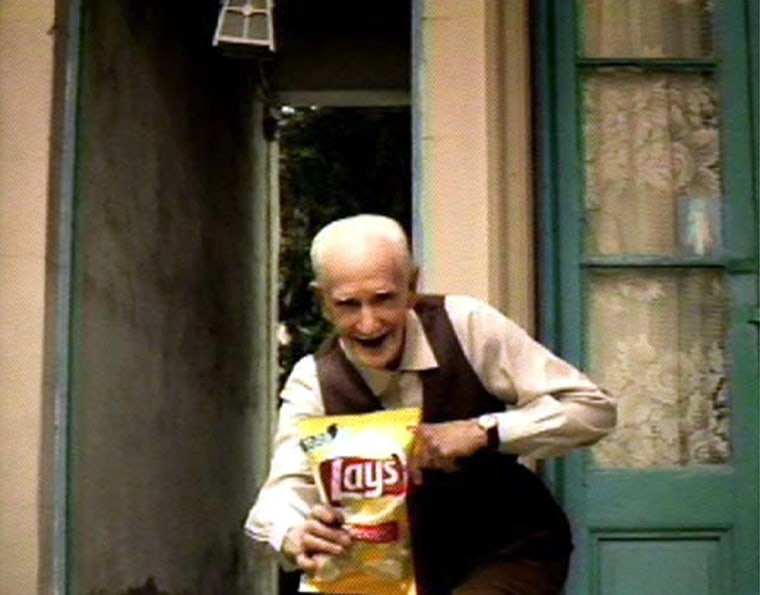 Frito Lay'sSuper Bowl ad will feature apair of feisty senior citizens fighting over a bag ofpotato chips.