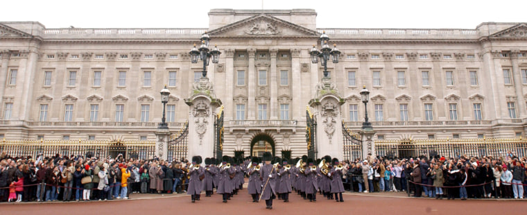 THE CHANGING OF THE GUARD AT BUCKINGHAM PALACE WHERE SPAIN'S NATIONAL ANTHEM WAS PLAYED IN MEMORY OF THE VICTIMS OF MADRID BOMBINGS