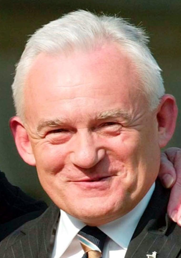 Leszek Miller resigned Sunday as Poland's prime minister.