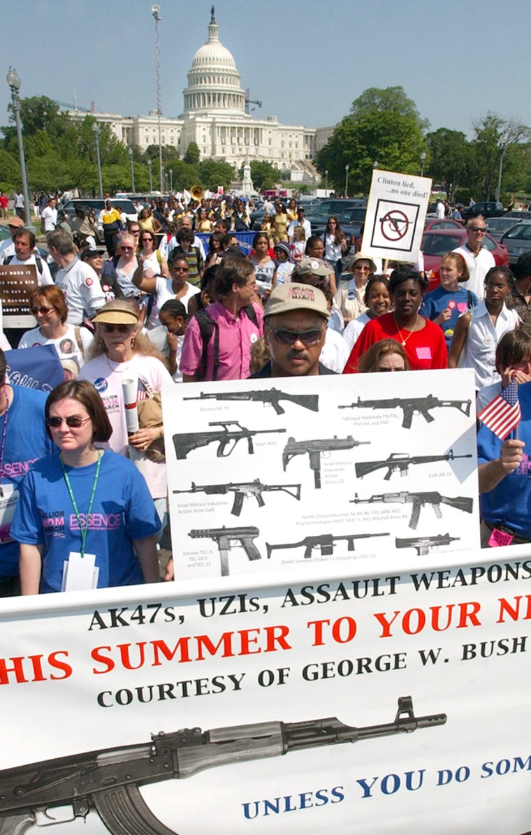 JESSE JACKSON LEADS PROTEST AGAINST GUN VIOLENCE AT MILLION MOM MARCH IN WASHINGTON