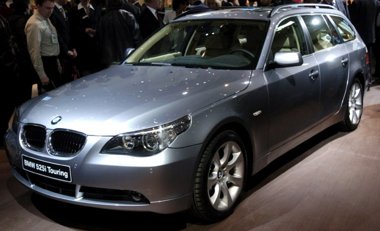 BMW PRESENTS BMW 5-SERIES TOURING AT THE GENEVA CAR SHOW