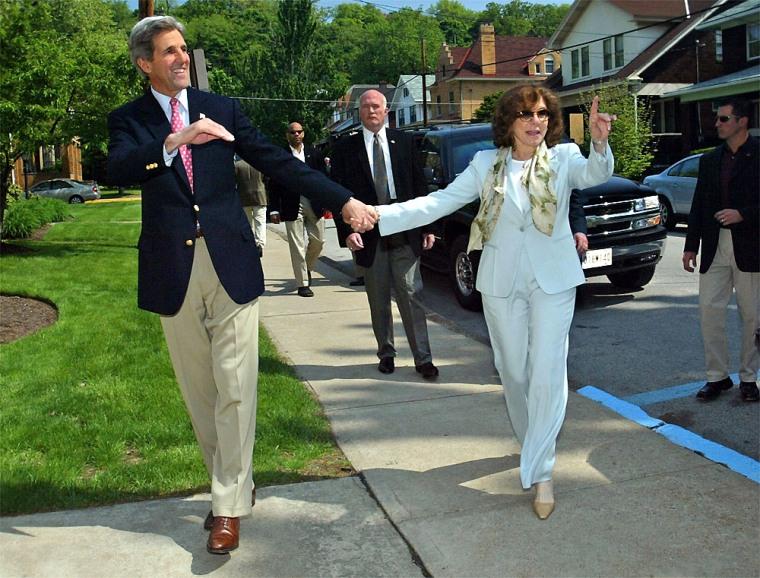 John Kerry Attends Church In Pittsburgh