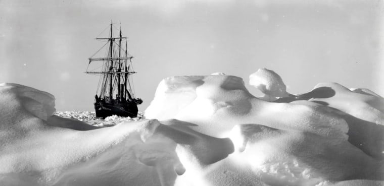 HAND OUT PHOTO SHOWS EXPLORER SHACKLETON'S SHIP THE ENDURANCE STUCK ON ICE DURING TRANS-ATLANTIC EXPEDITION