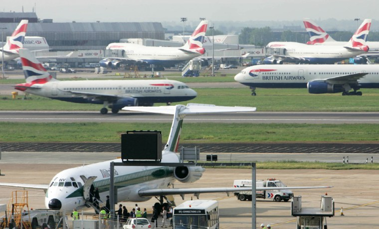 FLIGHTS RESUME AT HEATHROW FOLLOWING AIR TRAFFIC PROBLEMS