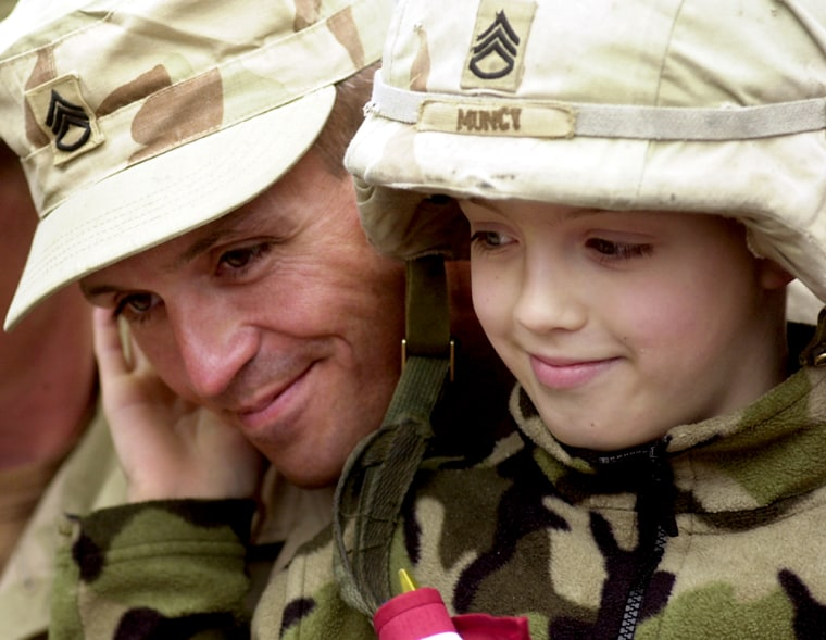 U.S. Soldier Return to Massachusetts