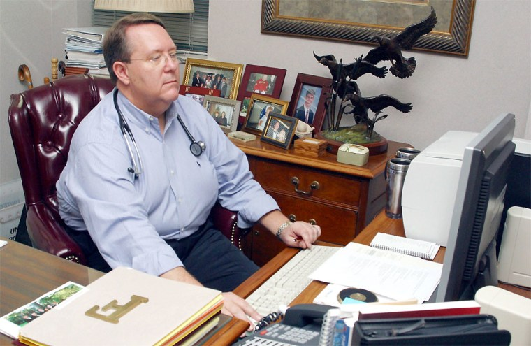 Obese Doctor Works At Helping Himself And Others Regain A Healthy Lifestyle
