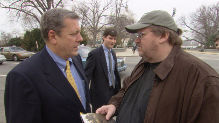 MICHAEL MOORE IN SCENE FROM FAHRENHEIT 9/11