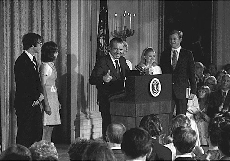 Nixon bidsfarewell to his cabinet and members of the White House staff, Aug. 9, 1974.