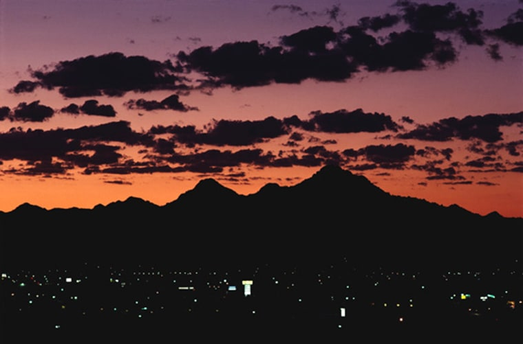 According to an American City Business Journals analysis of employment data,Phoenix created 41,200 jobs during the past year, an average of 790 every week.