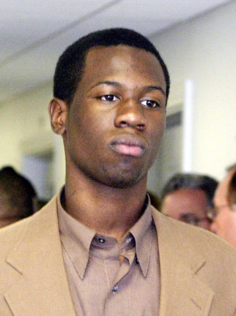 LIONEL TATE ENTERS COURTROOM IN FT LAUDERDALE FLORIDA