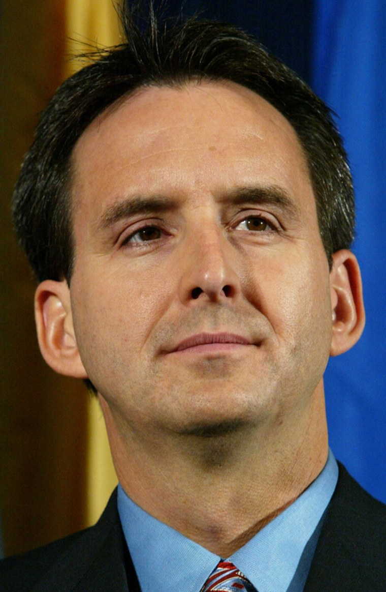 Gov. Tim Pawlenty has launched a state web site to help people in Minnesota buy prescription drugs from Canada.